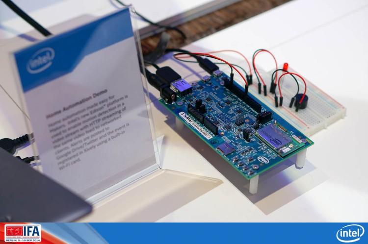 Intel Booth at IFA2014-14