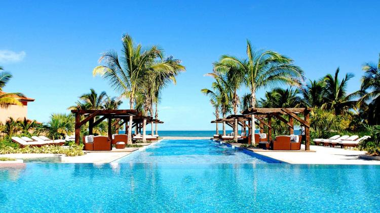 w1600h900q75jw-marriott-panama-golf-and-beach-resort-02