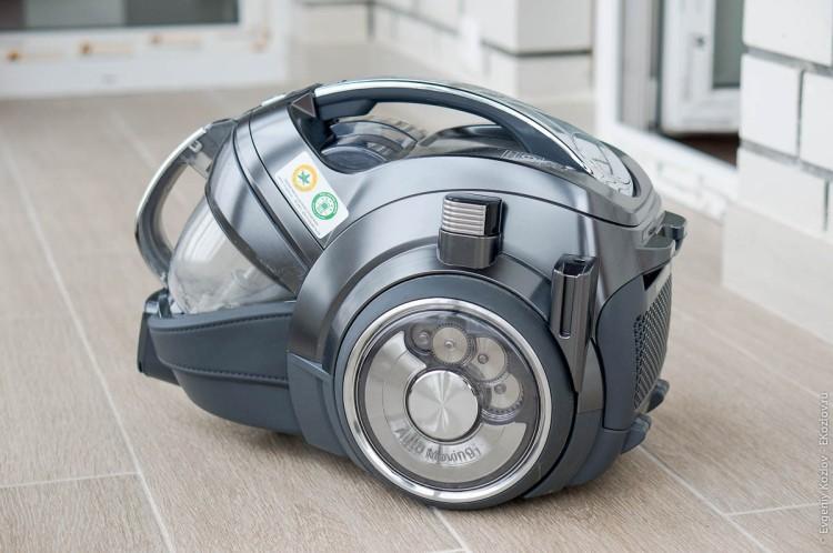 LG CordZero Power-13