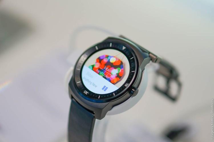 LG G Watch R-11