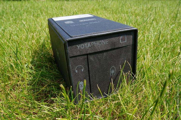 Yota Phone-2
