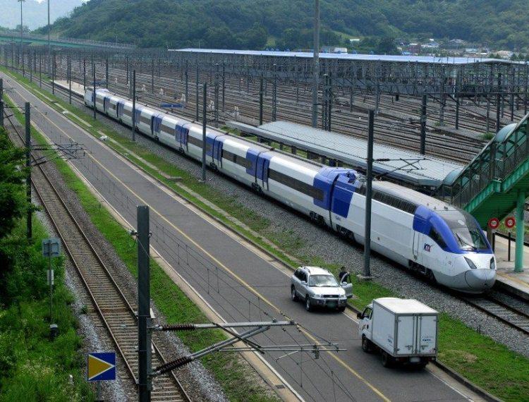 7. скоростной поезд KTX Sancheon