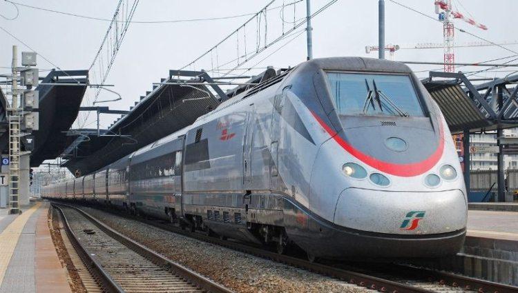 6. скоростной поезд ETR 500