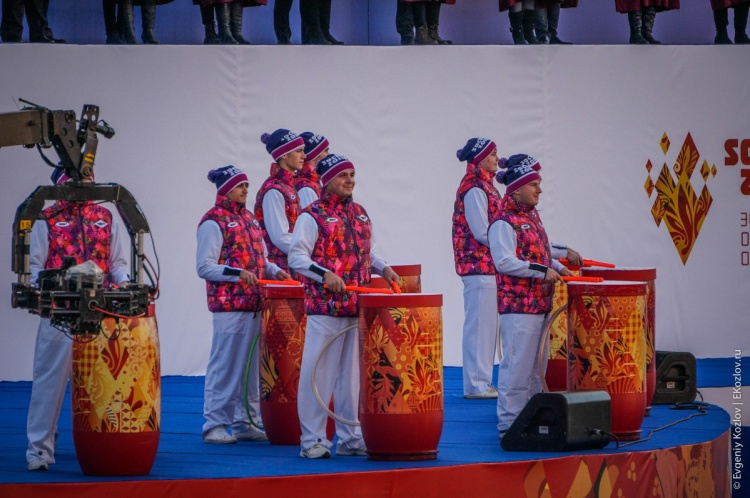 Olympic torch relay Sochi 2014 start in Russia-53